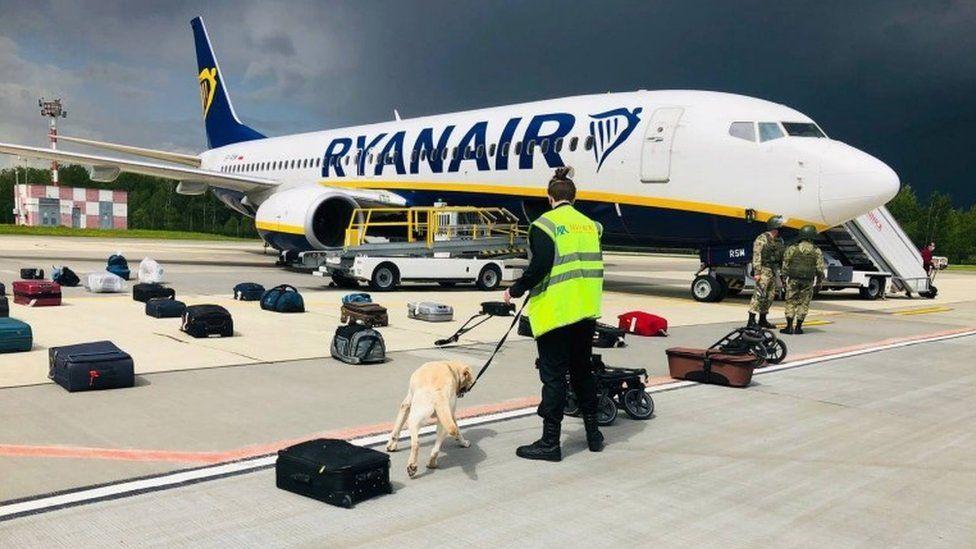 UK suspends flights to Belarus following hijacking