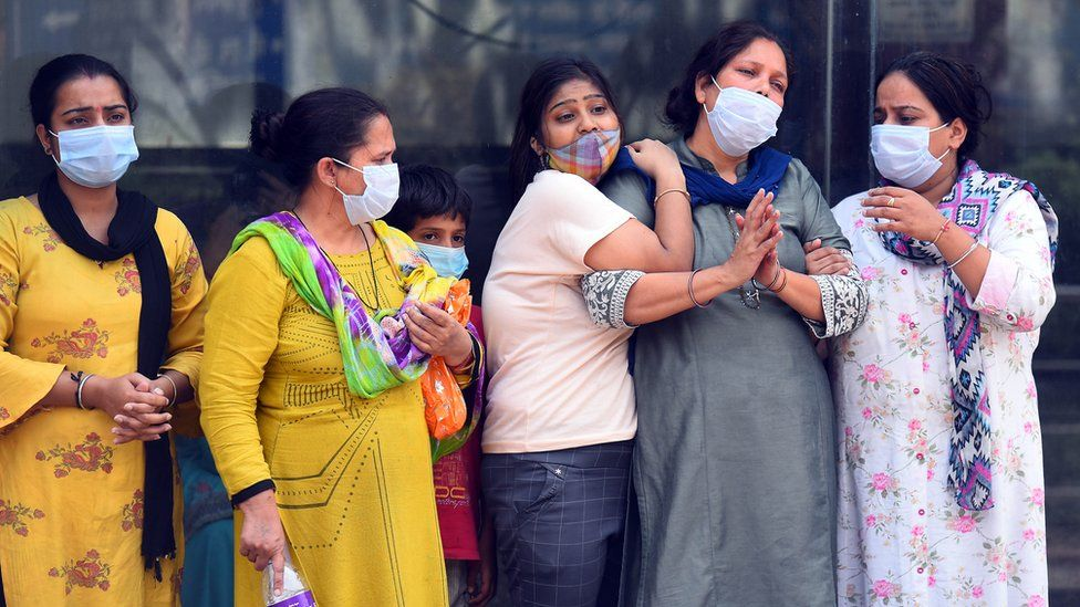 India confirms over 200,000 daily coronavirus increase
