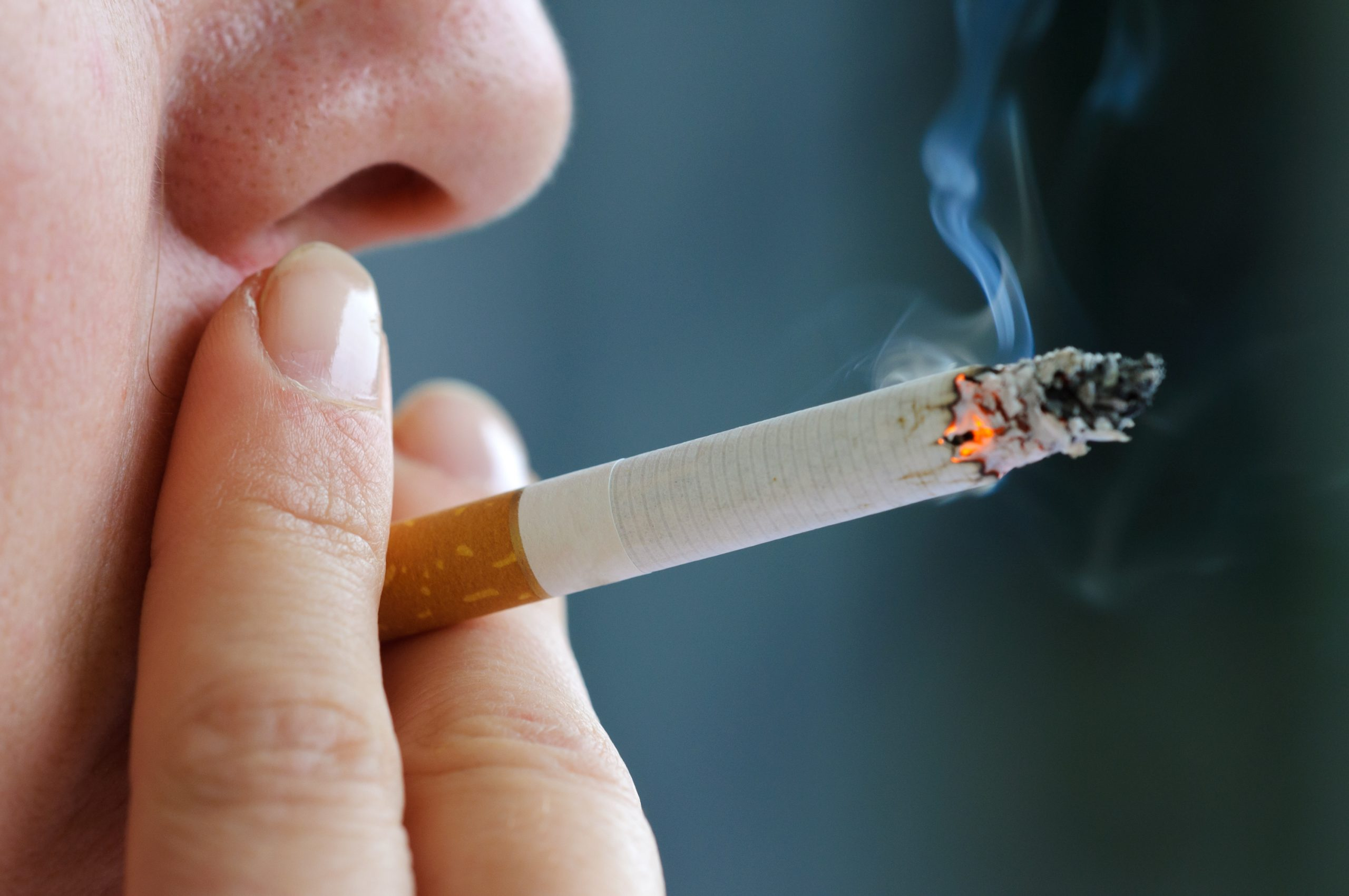 Research: Smoking causes cancer in 1 out of every 3 people