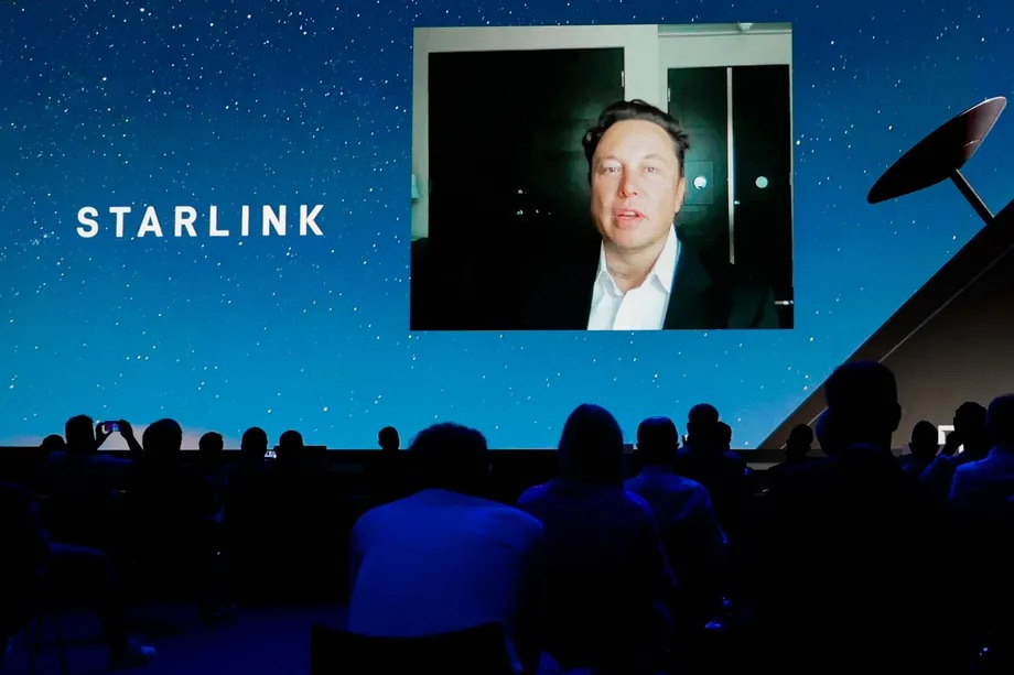 Elon Musk estimates 500,000 Starlink customers in the coming year