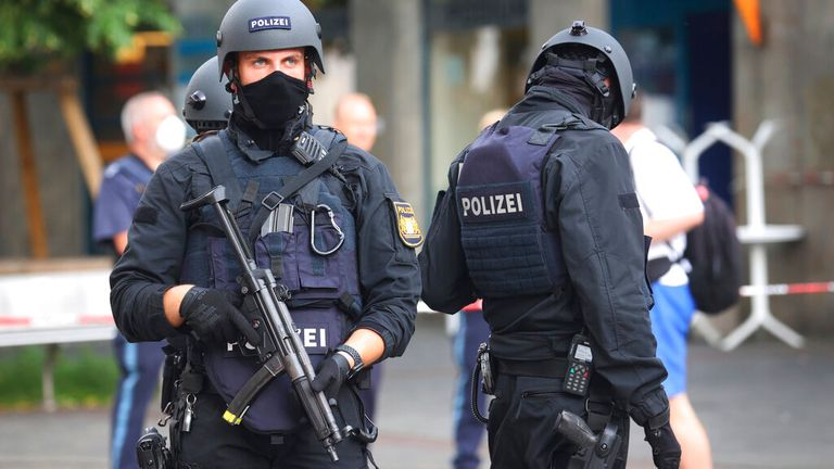 In Germany three killed knife attacks, five badly injured