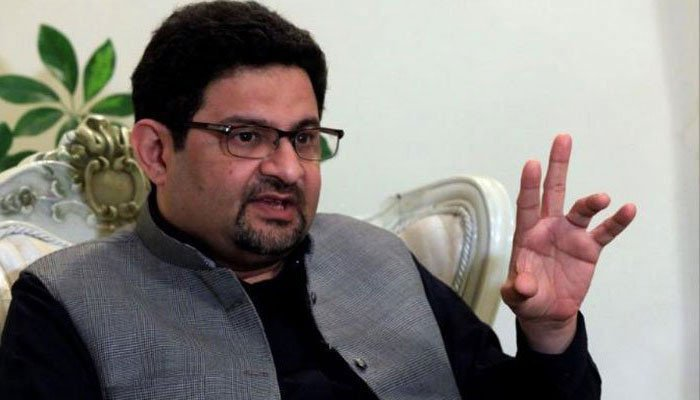 Miftah blames the Govt for its failure to comply with the FATF