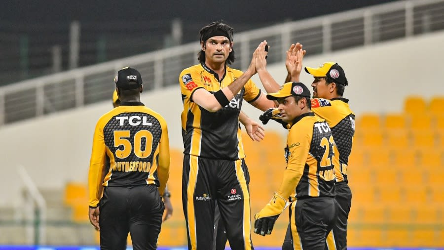 Peshawar Zalmi into the PSL 2021 final by defeating Islamabad United