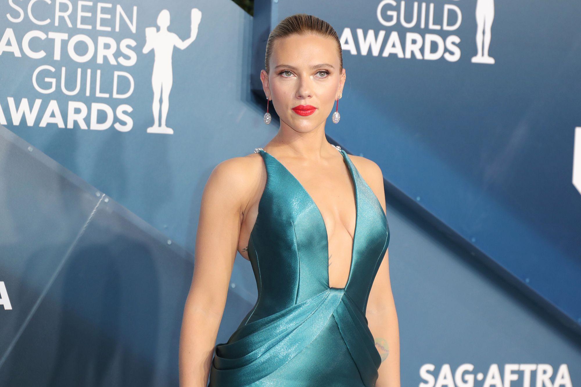 Scarlett Johansson plans to launch her own beauty brand in 2022
