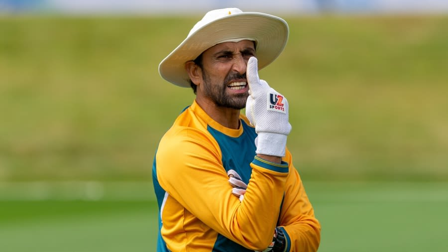 Younis Khan resigned from as Pakistan's batting coach