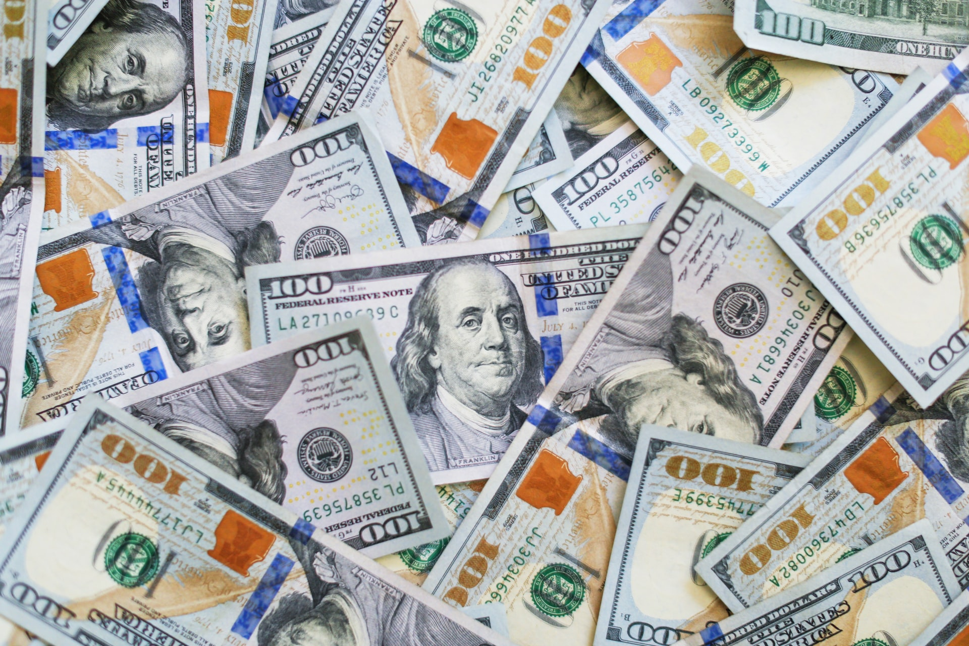 World Bank has approved a loan of $800 us dollar million