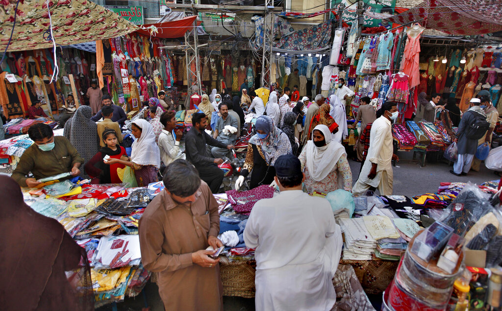 New COVID-19 law allows businesses to work till 10pm in Sindh
