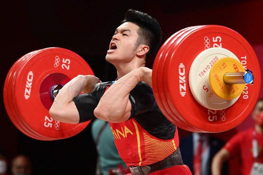 Shi Zhiyong wins Olympic gold in weightlifting