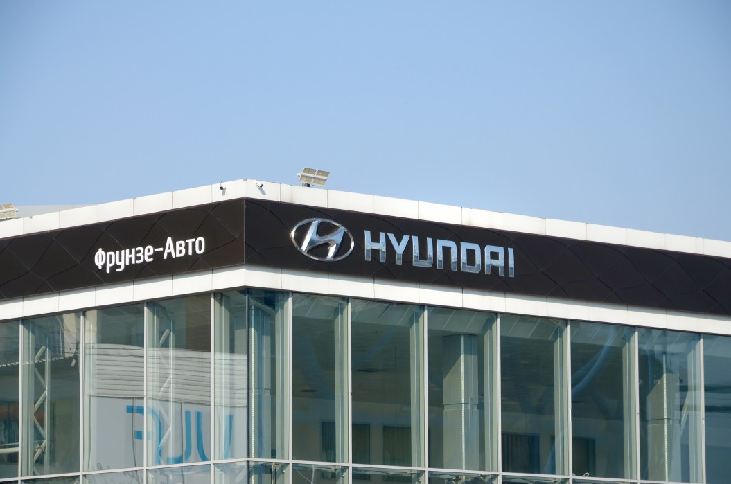 Hyundai Challenge Tesla to Become the Leader in EV Fast-Charging
